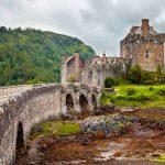 Castillos tiemblan ente la invasión del cambio climático