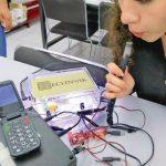 Desarrollan tecnología para encender aparatos soplando