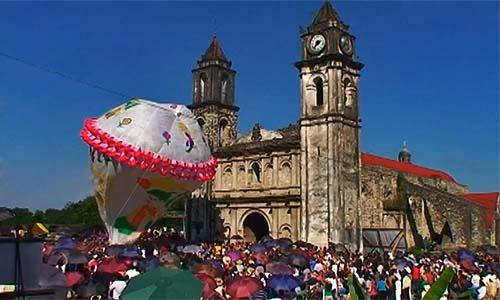 Zozocolco, otra sede del 15 Festival Internacional de Globos de Papel