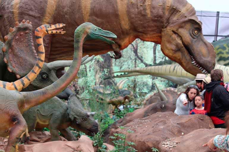 llega-dinosaurios