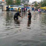 Lluvias causan caos en CDMX; gobierno culpa a cambio climático