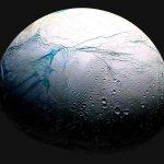Microbios podrían prosperar en Encélado, una luna de Saturno