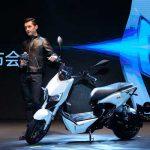 Nace moto eléctrica con tecnología de automóvil