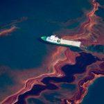 Presentan soluciones a contaminación petrolera
